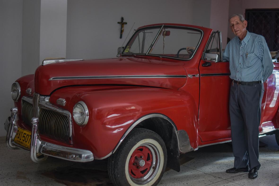 En el año 1947 Ford saca un nuevo modelo mejorando más la estética.