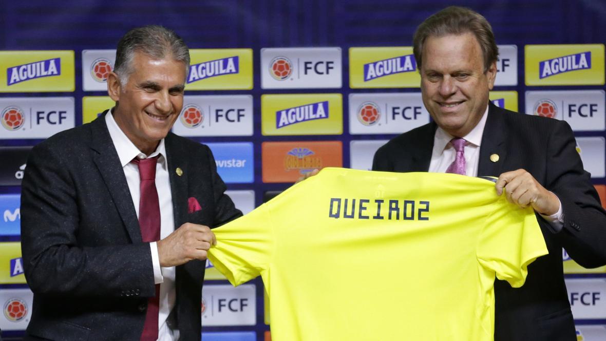 El presidente de la Federación Colombiana de Fútbol Ramón Jesurun presentado a Carlos Queiroz como nuevo seleccionador nacional.