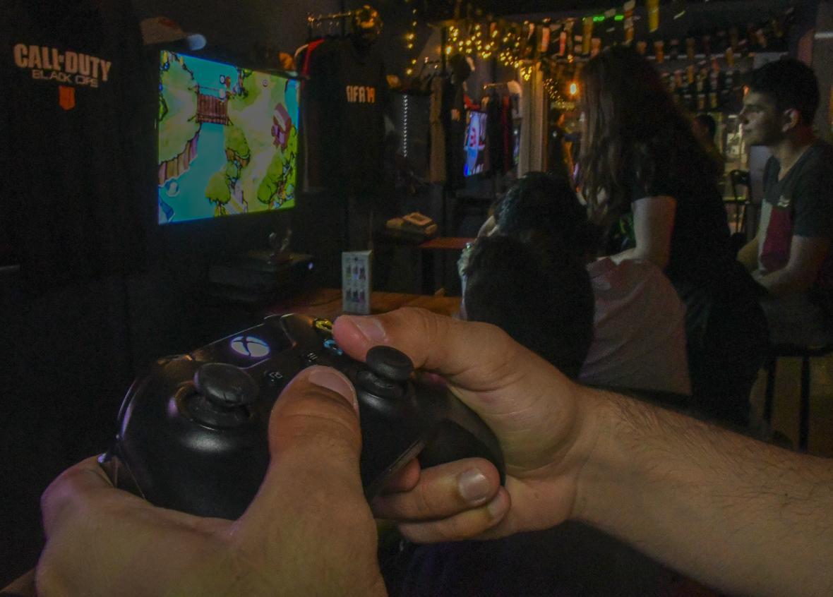 Un estudio realizado por Google en Colombia determinó que el 50% de los colombianos juega algún tipo de videojuego en su celular o consola.