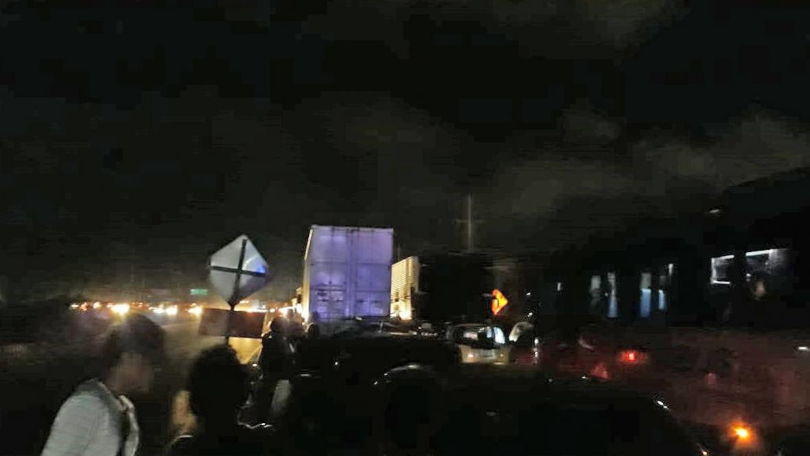 El accidente ha generado problemas de tránsito en el sector.