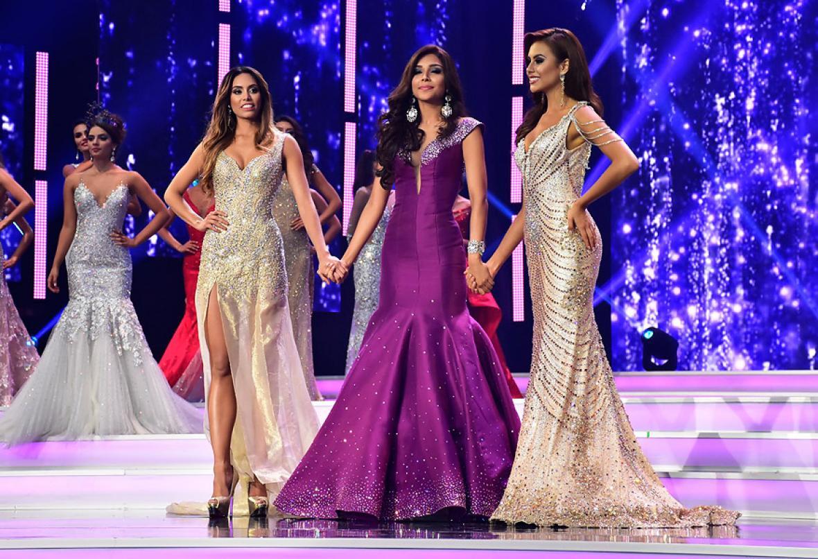 Las tres finalistas del concurso nacional.