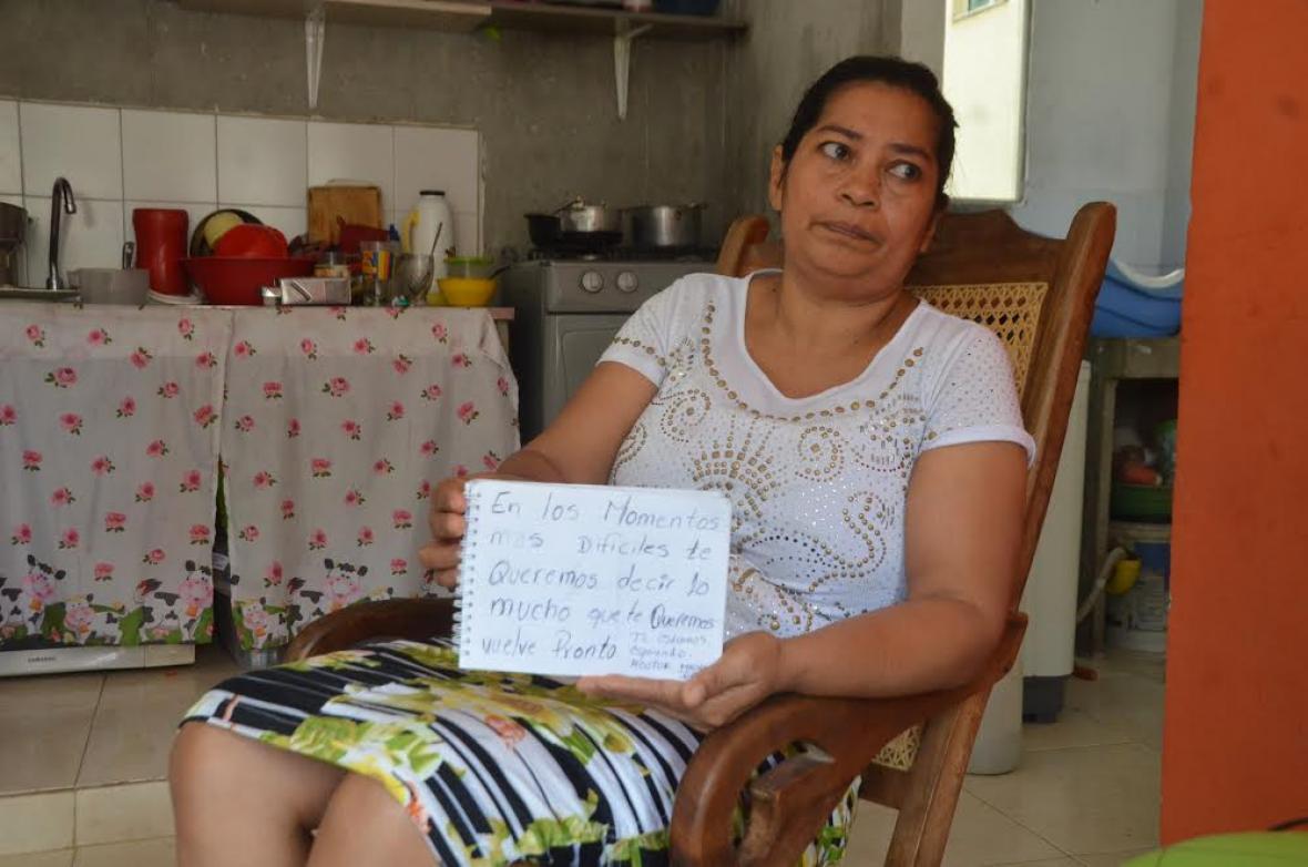 Rosa Domínguez  envía un mensaje para Héctor José desde Valledupar.