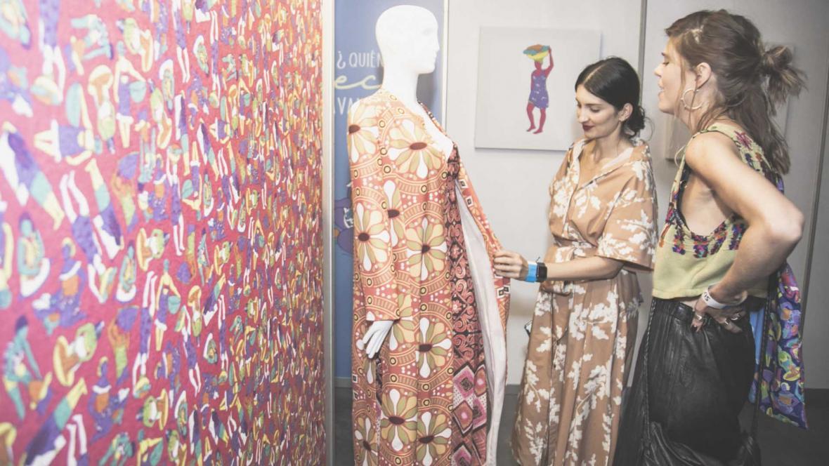 La exhibición de la colección Ceci, la lavandera,  culminó con una nutrida asistencia.