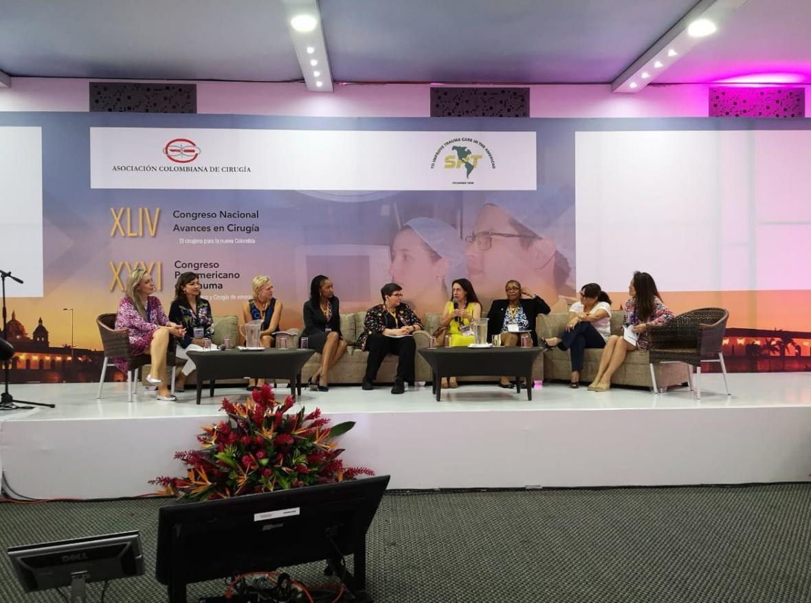 Panel de especialistas en el marco del Congreso Nacional de Avances en Cirugía.