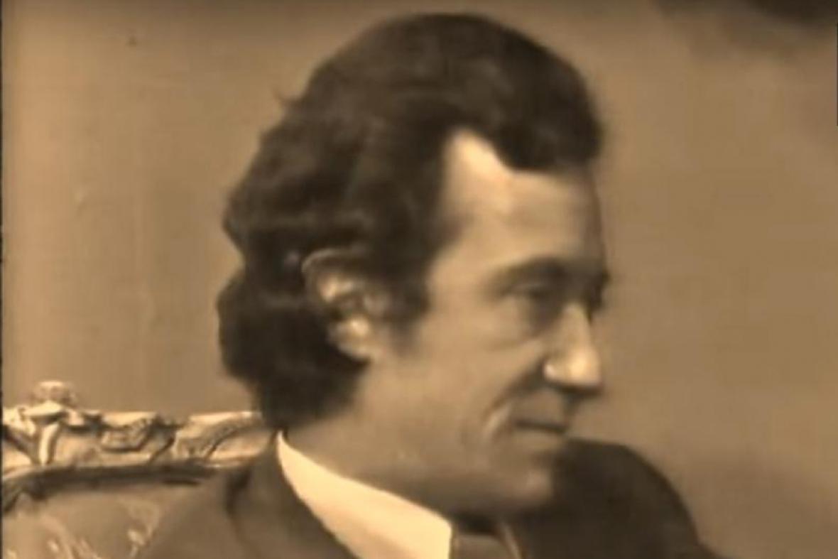 Sánchez en una escena de serie 'Yo y tú'.