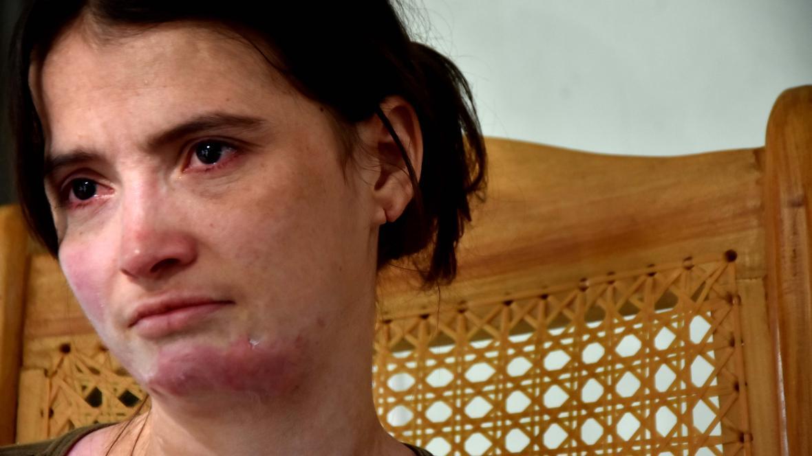 María Ossa es madre de cinco hijos, tres de los cuales los tuvo con su agresor.