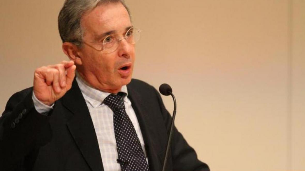 Álvaro Uribe Vélez, senador y líder del partido gobiernista Centro Democrático .