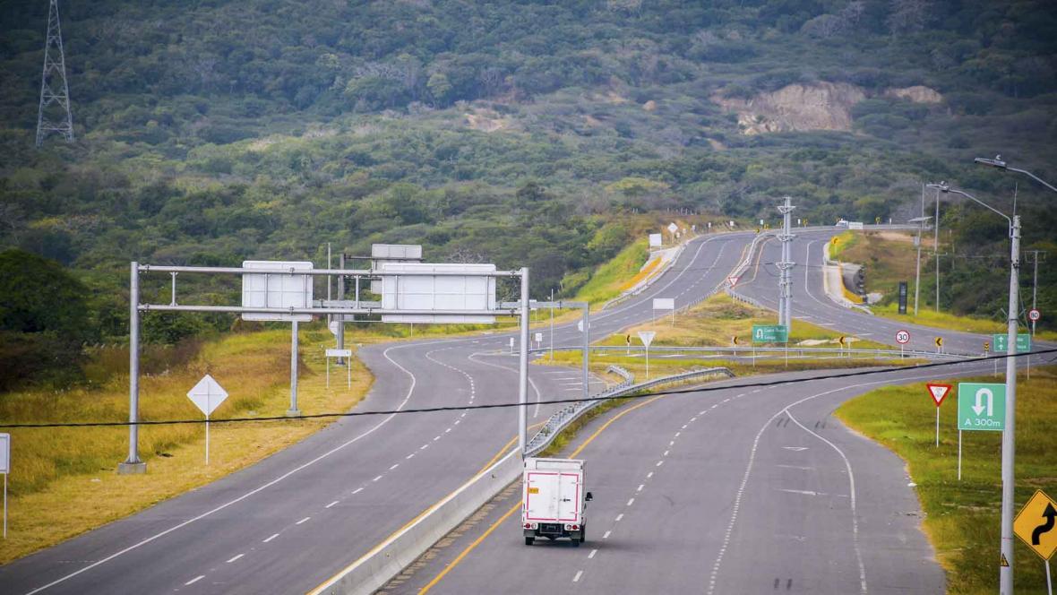 La Circunvalar de la Prosperidad es la vía de cuarta generación que conecta  a los municipios del área metropolitana de Barranquilla.