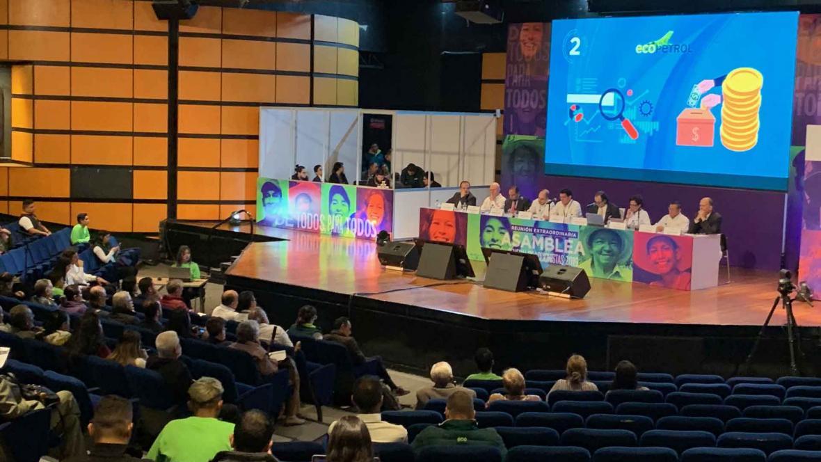 Con el COVID-19, asambleas masivas como la celebrada en diciembre por Ecopetrol están prohibidas.