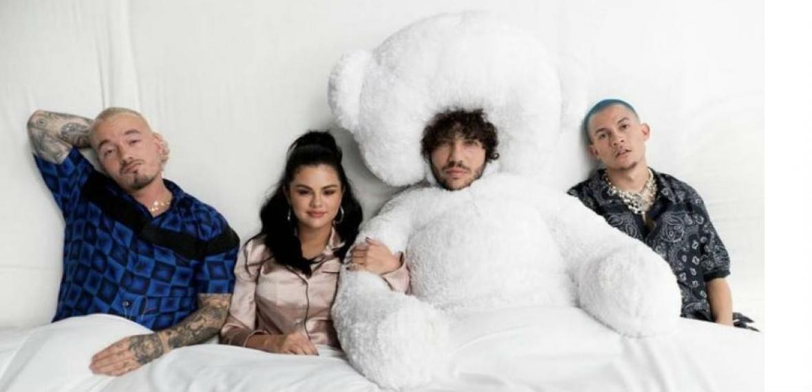 JBalvin. Selena Gómez, Benny Blanco y Tainy.