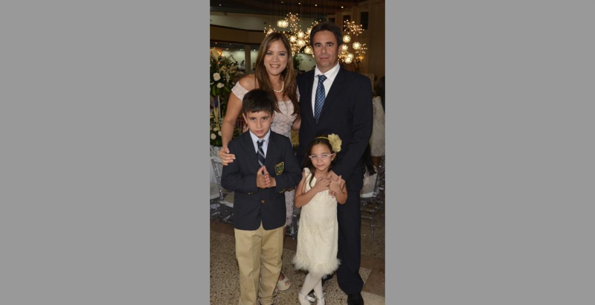 Mercedes Of Orlando >> Primera comunión del Colegio Marymount   El Heraldo