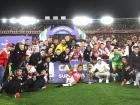 Jugadores de Independiente Santa Fe celebrando el título de la Superliga.