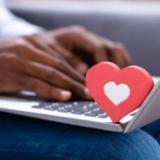Tú, yo, las aplicaciones, el mundo| columna de Fabrina Acosta