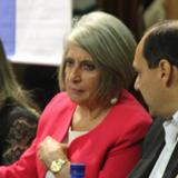 Cecilia López diserta sobre importancia de la mujer en la economía doméstica