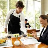 Meseros y jardineros deben ser afiliados a sistemas de pensiones, riesgos laborales y cajas de compensación