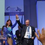 Conservadores se distancian de Santos y eligen candidata