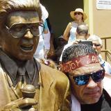 Levantan estatua dedicada a Héctor Lavoe en Ponce, Puerto Rico