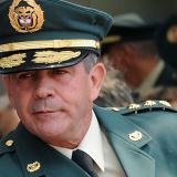 Por enriquecimiento ilícito también investigan al general Mario Montoya