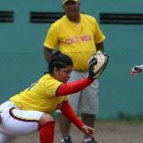 La porteña Laura Maury (izquierda), primera base, es una de las destacadas con un jonrón y tres triples en el torneo.