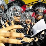 Festival de Danzas y Letanías en la Plaza de la Paz