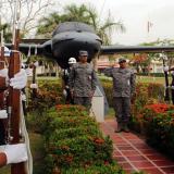 La Fuerza Aérea Colombiana en el Atlántico rinde homenaje a los héroes caídos en acción