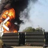 Incendio de tubos acumulados en el  norte de Santa Marta causó pánico