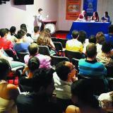 La Fundación Casa de Hierro es la promotora de los talleres, así como de actividades como 'Café al aire libre'.