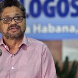 El segundo jefe de las Farc, alias Iván Márquez, lee el comunicado en La Habana.
