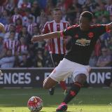 Martial sigue respondiendo a la confianza con goles.