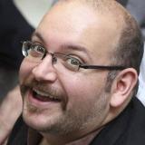 Irán condena a prisión a periodista del Washington Post, según agencia iraní