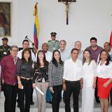 El gobernador Verano y diputados posaron junto al nuevo contralor del Atlántico.