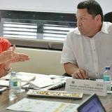 La ministra Natalia Abello y el alcalde Manolo Duque.