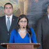 """En un comunicado de Cancillería leído por la ministra Delcy Rodríguez se ratifica que el Gobierno """"repudia enérgicamente la renovación de la orden ejecutiva dada por el presidente de los Estados Unidos."""