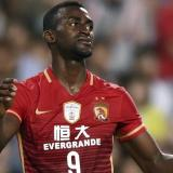 Jackson marcó gol con el Guangzhou, que perdió en el inicio de la Liga de China
