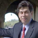 Univisión nombra a Daniel Coronell como presidente de división de informativos