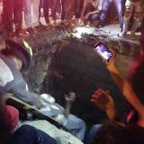 Se mató al caer con su moto en un hoyo de cuatro metros