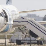 El avión de EgyptAir que fue secuestrado y desviado ayer hasta un aeropuerto en Chipre.