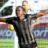 Hugo Rodallega(16)  es el segundo máximo goleador de la Superliga turca, detrás de Mario Gomez (18).