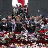 Habitantes de Armenia durante la conmemoración del centenario de genocidio.