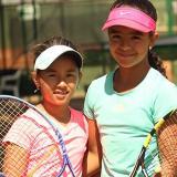 Mariana Higuita (i) e Isabella Lorduy, tenistas.