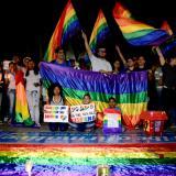 """Plantón LGBTI pide una educación """"sin matoneo"""" en el país"""