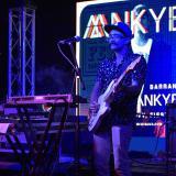 La banda Mnkybsnss durante su presentación en el Indie Music Fest del año pasado.