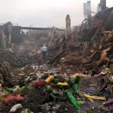 Alcalde samario anuncia revisión de almacenes tras voraz incendio