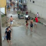 Reportan enfrentamiento de jovenes a piedra en la estación Joaquín Barrios Polo