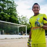 De la Rosa, el guardameta goleador que juega en la liga de fútbol del Atlántico