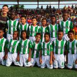 Carlos Oquendo entregó implementos deportivo a futbolistas de Cartagena
