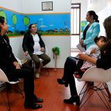 Mujeres, en desventaja por ley de maternidad: gremios