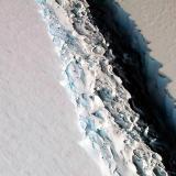 Iceberg del tamaño de la mitad de Puerto Rico podría desprenderse de la Antártica