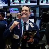 Dow Jones tocó histórico y superó los 20.000 puntos