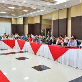 Aspecto de la reunión efectuada en la Gobernación.